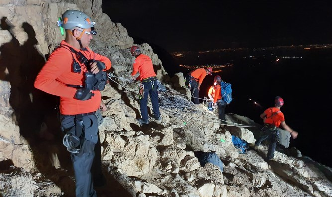 Hiker falls to his death in Judean desert